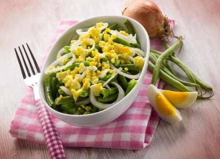 Green Beans and Egg Salad