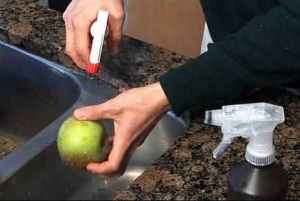 natural spray solution to clean produce -Cleaning Your Produce Naturally