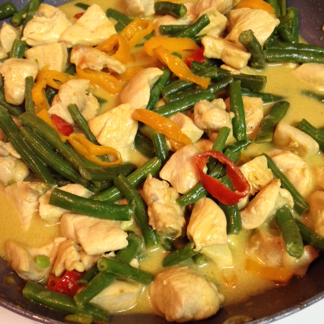 Meat and Vegetable Mix for Green curry Chicken