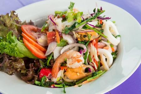 Spicy Vegetable fern salad