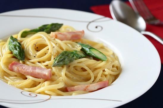 Asparagus and Bacon Cream Pasta