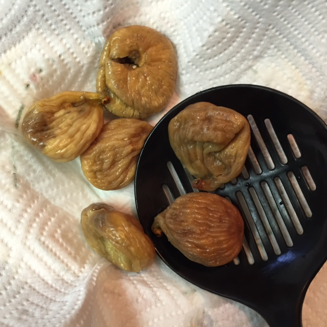dried figs rehydrated